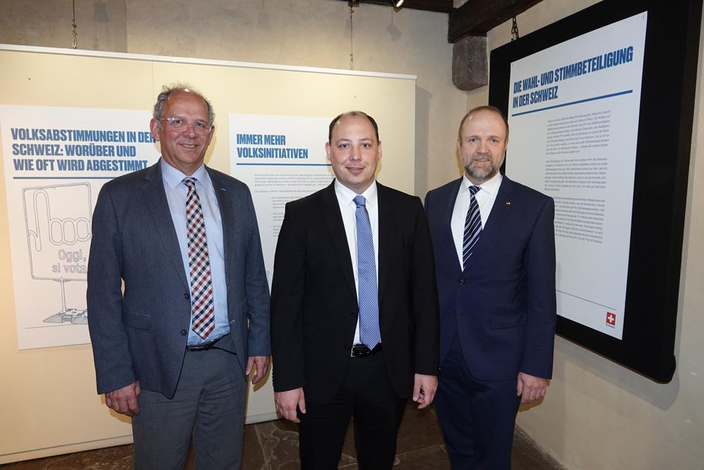 """Ausstellung """"Moderne Direkte Demokratie"""" eröffnet"""