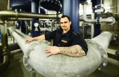 Unser Bild zeigt ENRW-Wassermeister Daniel Schuhmacher im Wasserhochbehälter der ENRW in Zimmern.