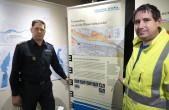 Stadtbrandmeister Frank Müller (links) und Timo Geiger (rechts), Leiter der Abteilung Tiefbau laden dazu ein, sich im Alten Rathaus rund um das Thema Hochwasserschutz zu informieren (Foto: Stadt Rottweil).