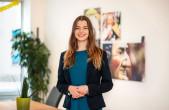 Rottweils neue Innenstadtmanagerin Tamara Retzlaff (Mitte) hat ihr Büro in der Innenstadt bezogen (Foto: Ralf Graner).