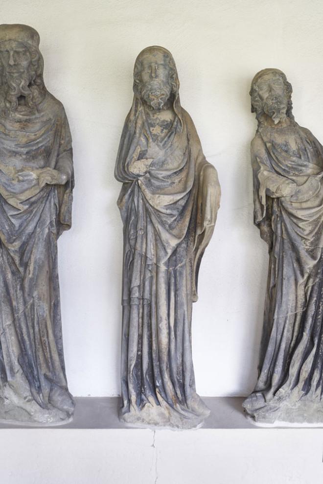 Diese mittelalterlichen Apostelfiguren können am Sonntag in der Kunstsammlung Lorenzkapelle bewundert werden (Foto: hak design studio)