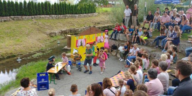 Franz & friends, das Kindertheater an der Starzel spielt am Samstag um 19 Uhr und am Sonntag um 14.00 Uhr und 17.00 Uhr.