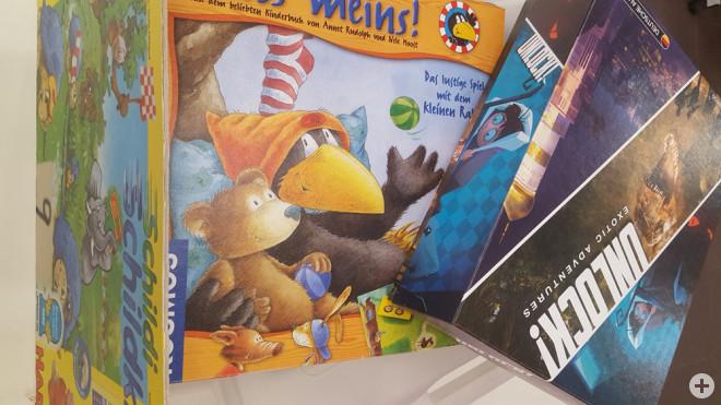 Zum vorweihnachtlichen Spielespaß lädt die Stadtbücherei alle Alternsgruppen ein (Foto: Stadtbücherei).