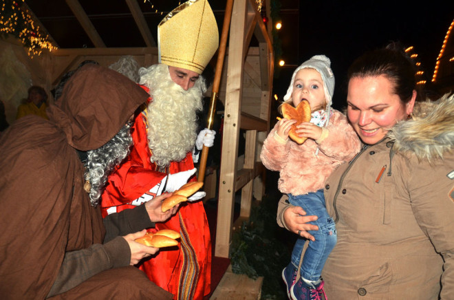 Zur Eröffnung des 26. Rottweiler Weihnachtsmarktes am 5. Dezember kommt auch der Nikolaus (Foto: Bojus)