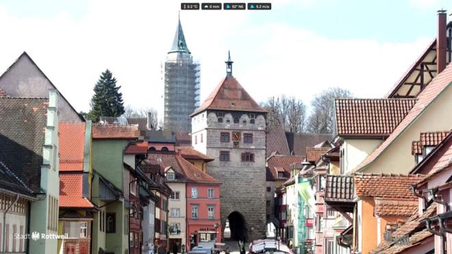 Die neue Webcam am Alten Kaufhaus sendet über das Internet aktuelle Live-Bilder aus Rottweil in alle Welt (Fotos: Stadt Rottweil).