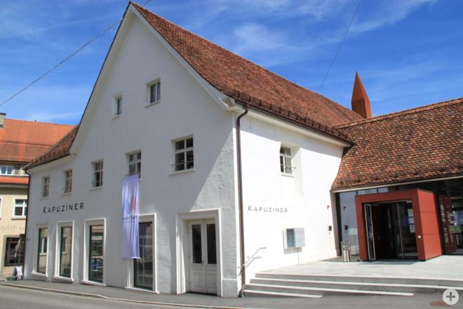 Auch im Mai bietet das Deutsche Rote Kreuz Corona-Schnelltests im Kapuziner an. Auch am 1. Mai ist geöffnet (Foto: Stadt Rottweil).
