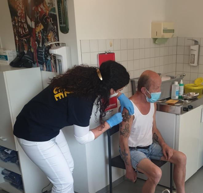Mobiles Impfteam in städtischer Obdachlosenunterkunft aktiv